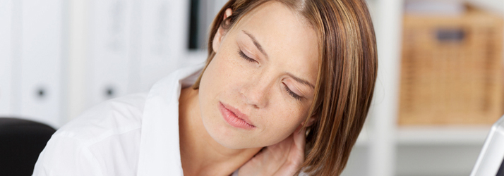 chiropractors help range of motion and neck pain