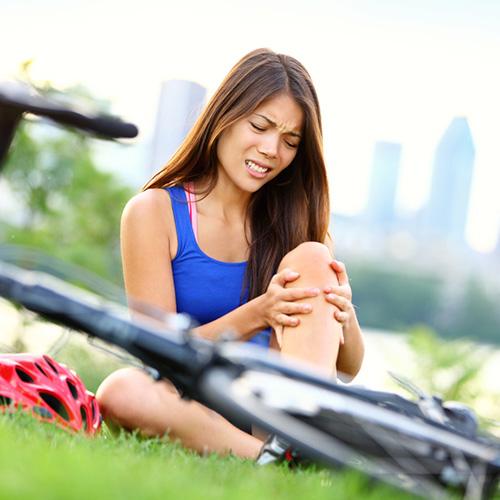 Knee-Injury-While-Bicycling.jpg